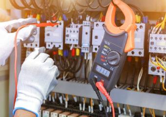 naprawa-instalacji-elektycznej
